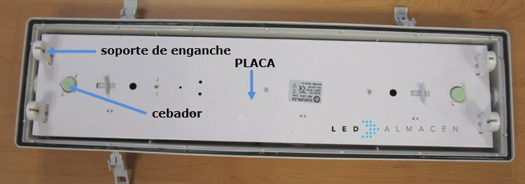 vista placa interior luminaria tubos fluorescentes