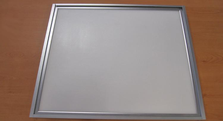 panel led ultrafino
